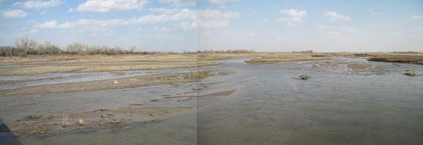 Platte River in Nebraska is a braided river.  Creative Commons