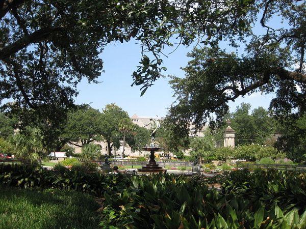 Audubon Park, New Orleans.  Public domain